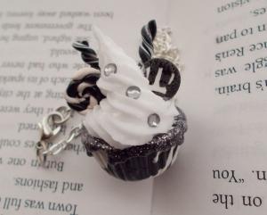Wonder Witch Cupcake Necklace